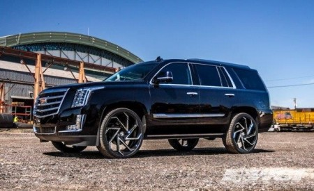 "Cadillac Escalade on 26"" Cyclone"