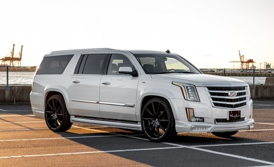 Cadillac Escalade on CSS-15