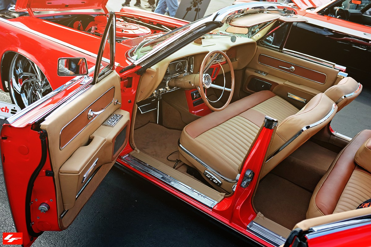 Classic 1963 Lincoln Continental on LF-744