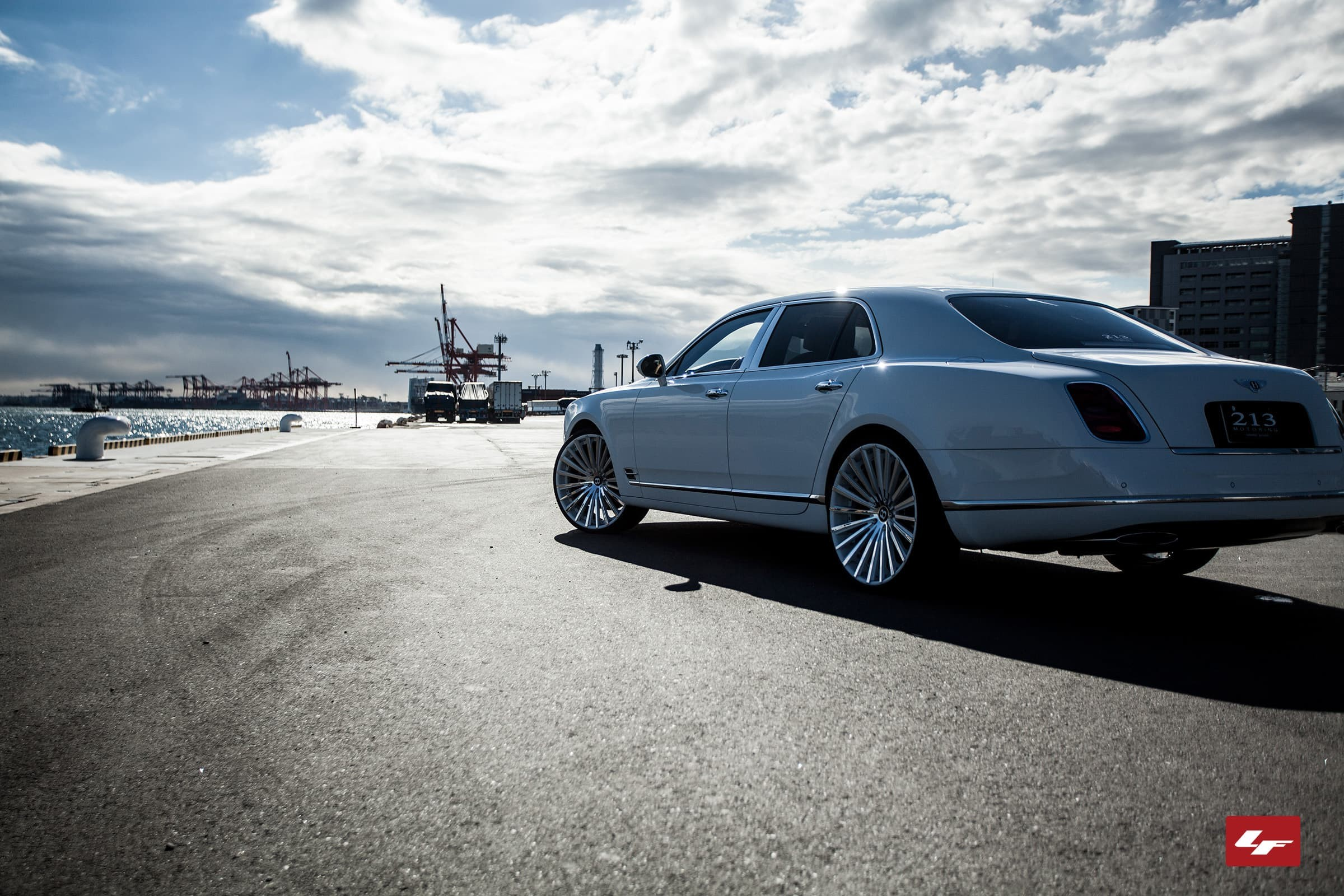 Colr matching LZ-722 on the 2013 Bentley Mulsanne