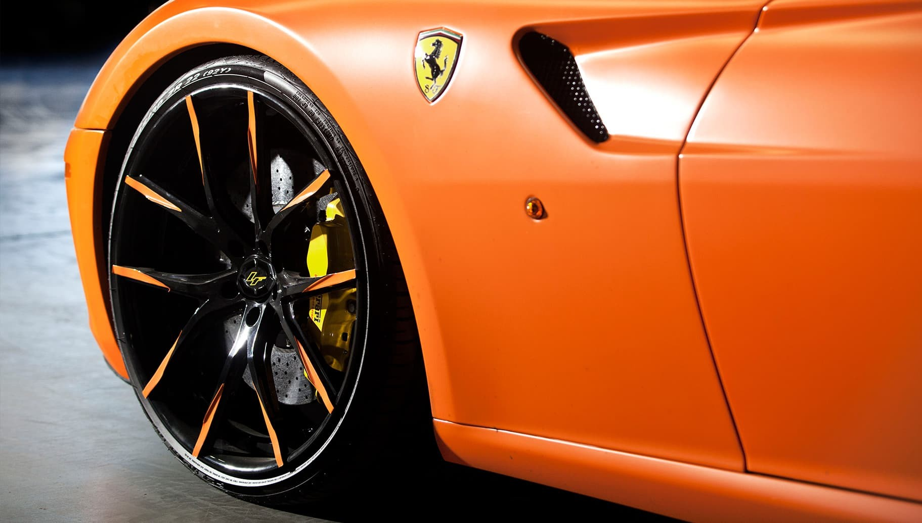 Custom LZ-109 on the Ferrari 599.