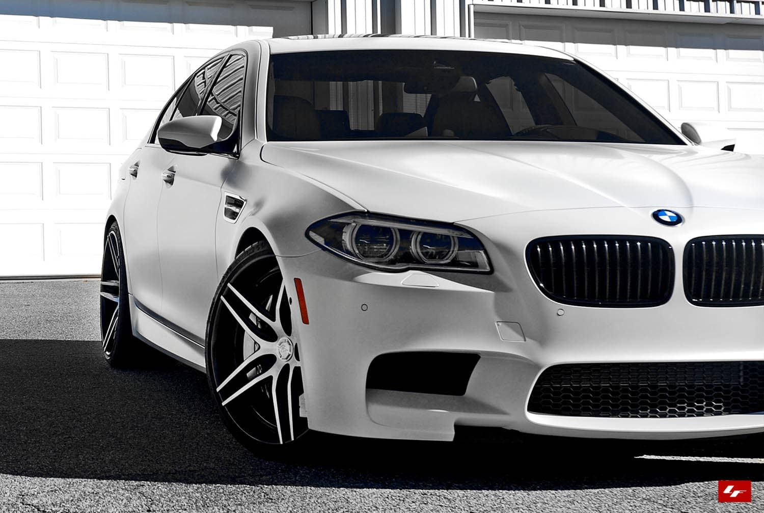 Color matching LZ-105 wheels on the 2014 BMW M5.
