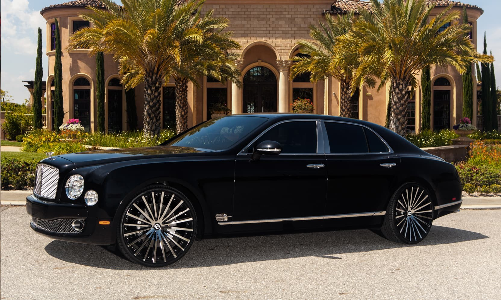 Custom LZ-722 on the Bentley Mulsanne.