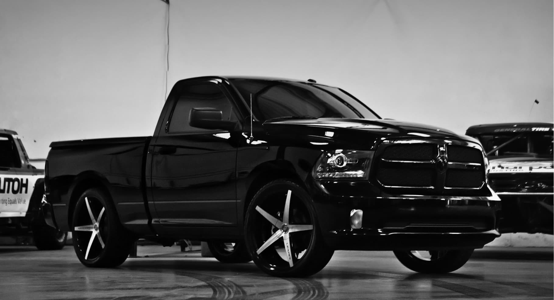 Machine and Black R-Four on the 2014 Ram.