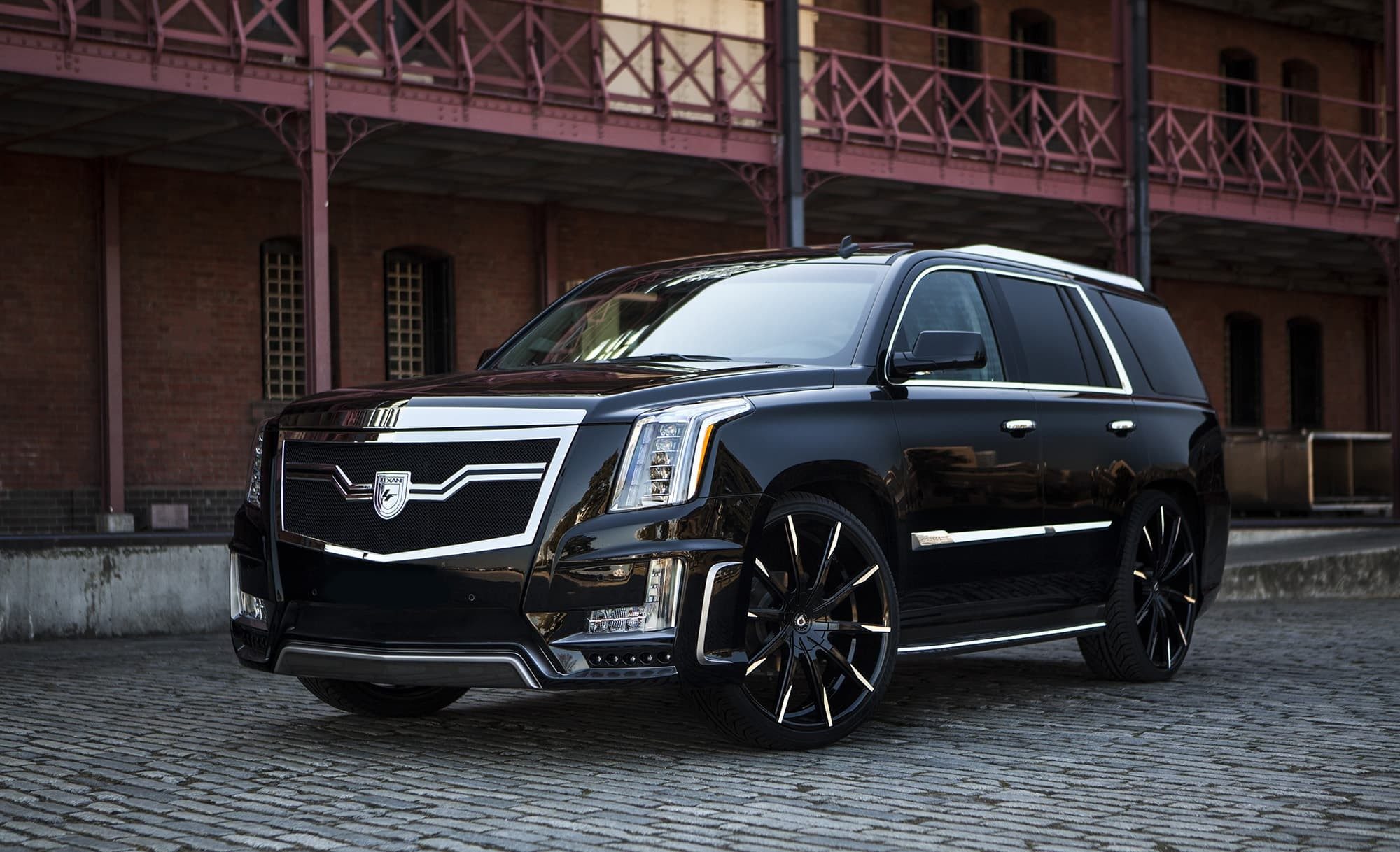 Custom CSS-15 on the Cadillac Escalade.
