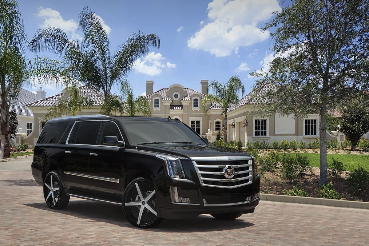2015 Cadillac Escalade on R-Four Machined Finish