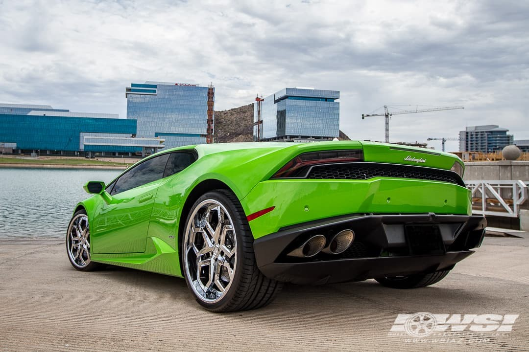 Lamborghini Huracan on LF-110 Chrome Finish