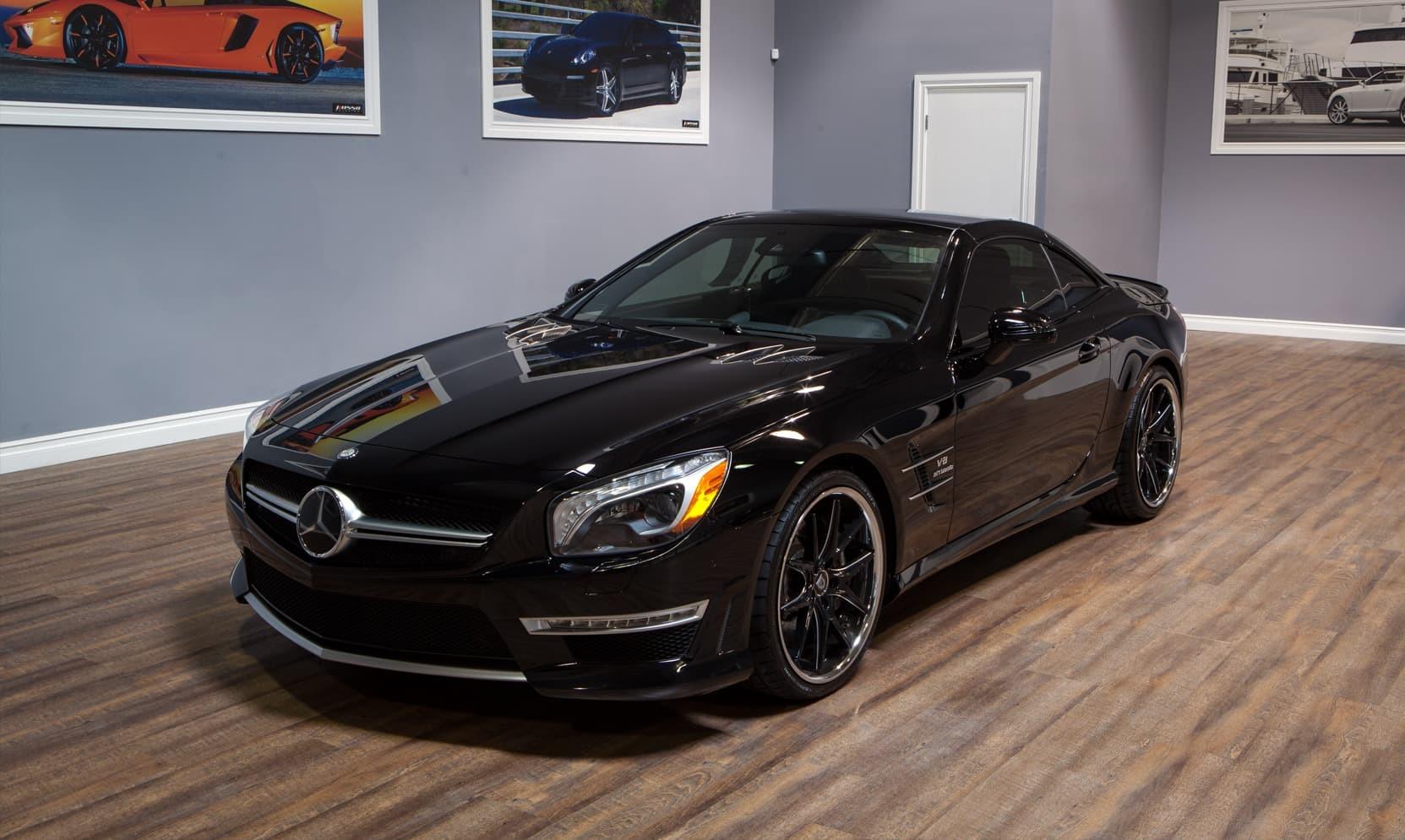Machine and black R-Twelve on the Mercedes SL63.