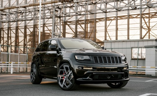 Jeep Cherokee SRT on Renzo RZ-106