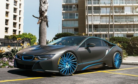 "BMW i8 on 22"" Wraith"