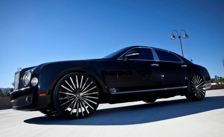 "Bentley Mulsanne on Custom 24"" LZ-722"