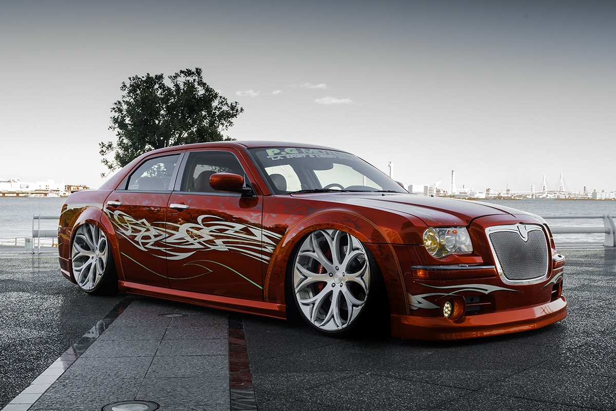 Chrysler 300C on LZ773