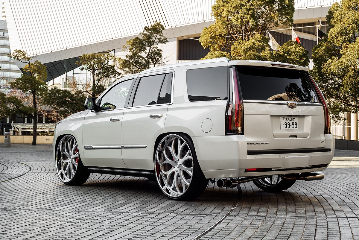Cadillac Escalade on LF-771