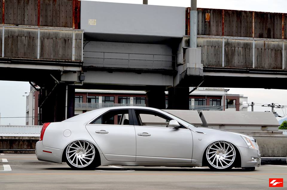 Cadillac CTS on LF-114