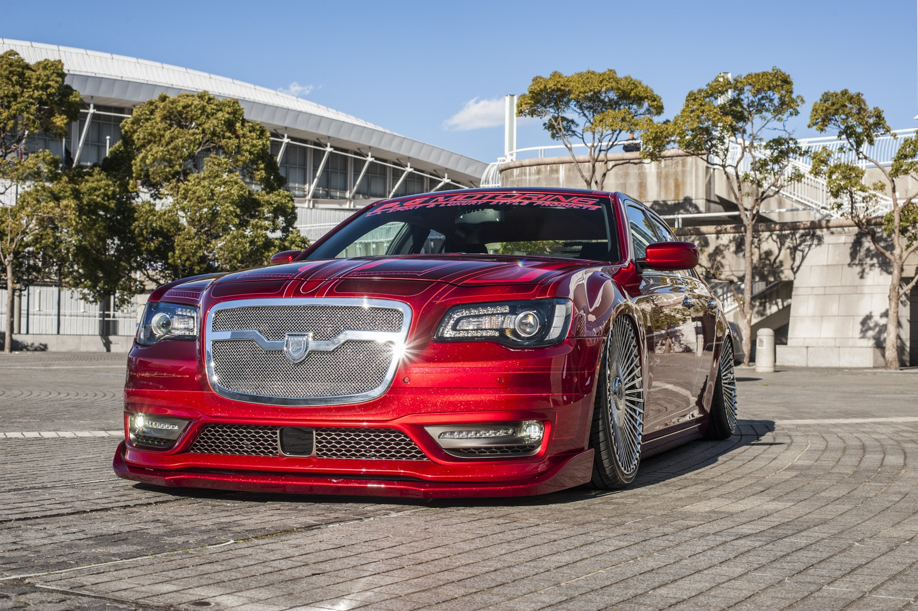 Chrysler 300C on LZ-769 Chrome