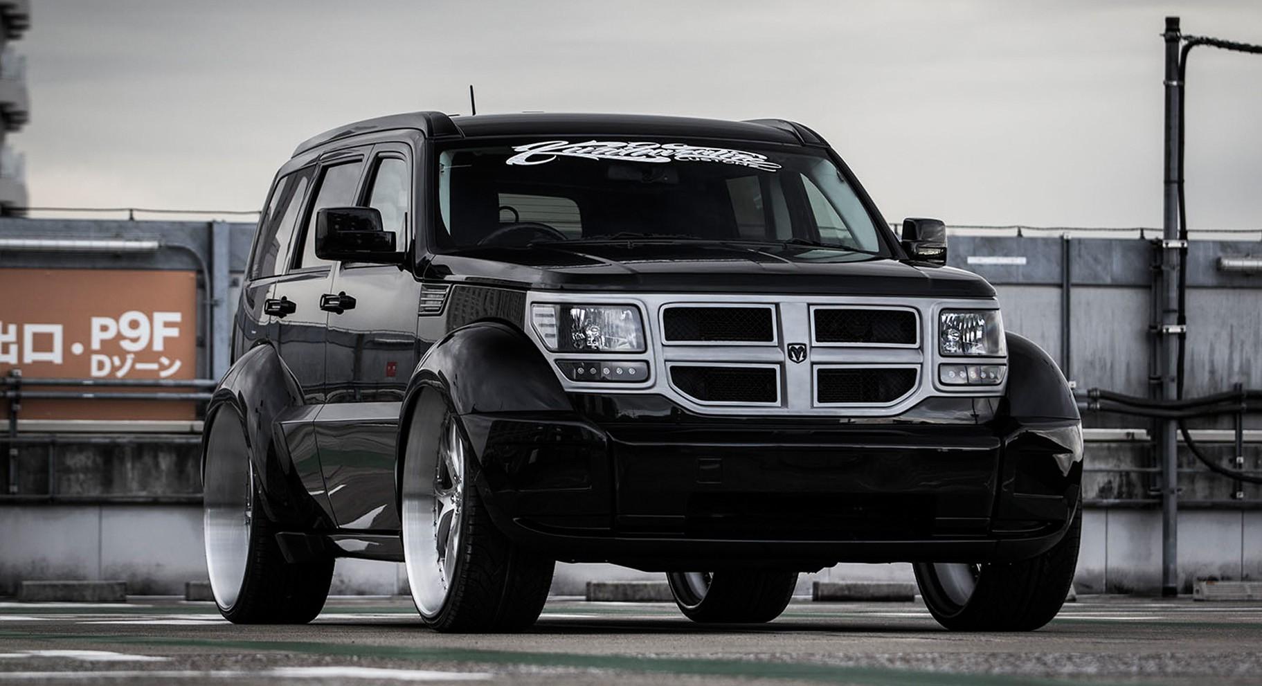 Dodge Nitro with brushed LF-102 wheels.