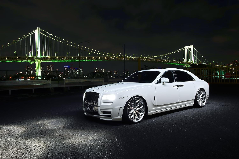 White Rolls Royce Ghost on LC-750 Wheels