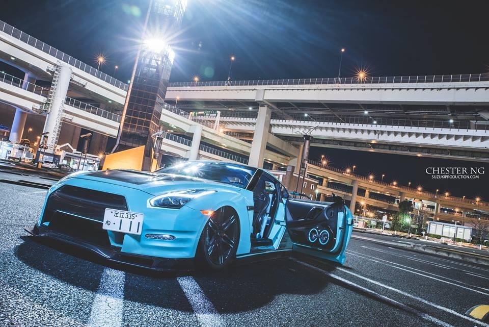 Nissan GTR on LZ-106