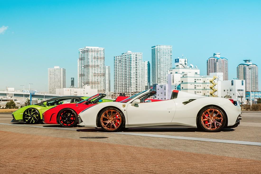 Ferrari 488, F430, and Lambo Aventador
