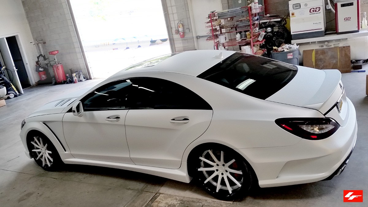 Mercedes CLS63 AMG on LS-101