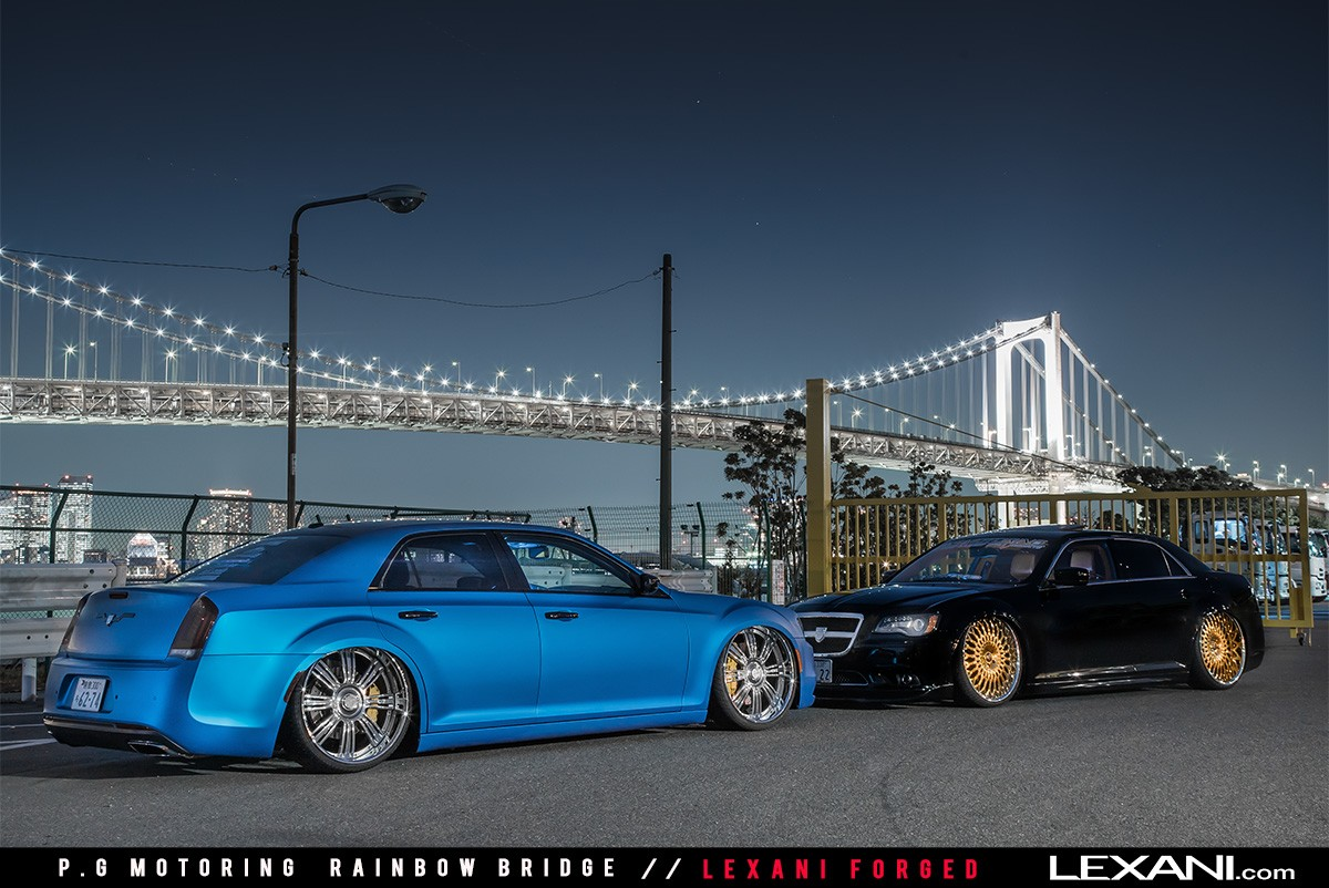 Chrysler 300's at Rainbow Bridge