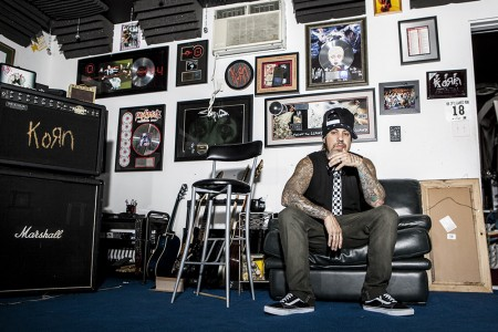 Fieldy of Korn talks Bass, Going Number One, and Paradigm Shift