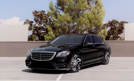 Mercedes S560 on LZ-772