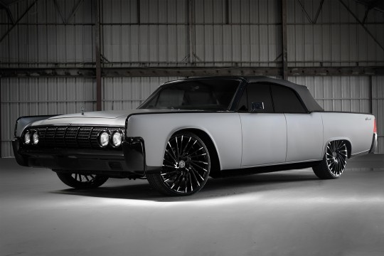 Grey Continental on black and whtie LZ 114 wheels