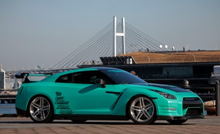 Nissan GTR w/ Suicide Doors and Digital Air Suspension