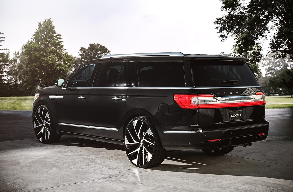 Lincoln Navigator on Lexani Ghost wheels