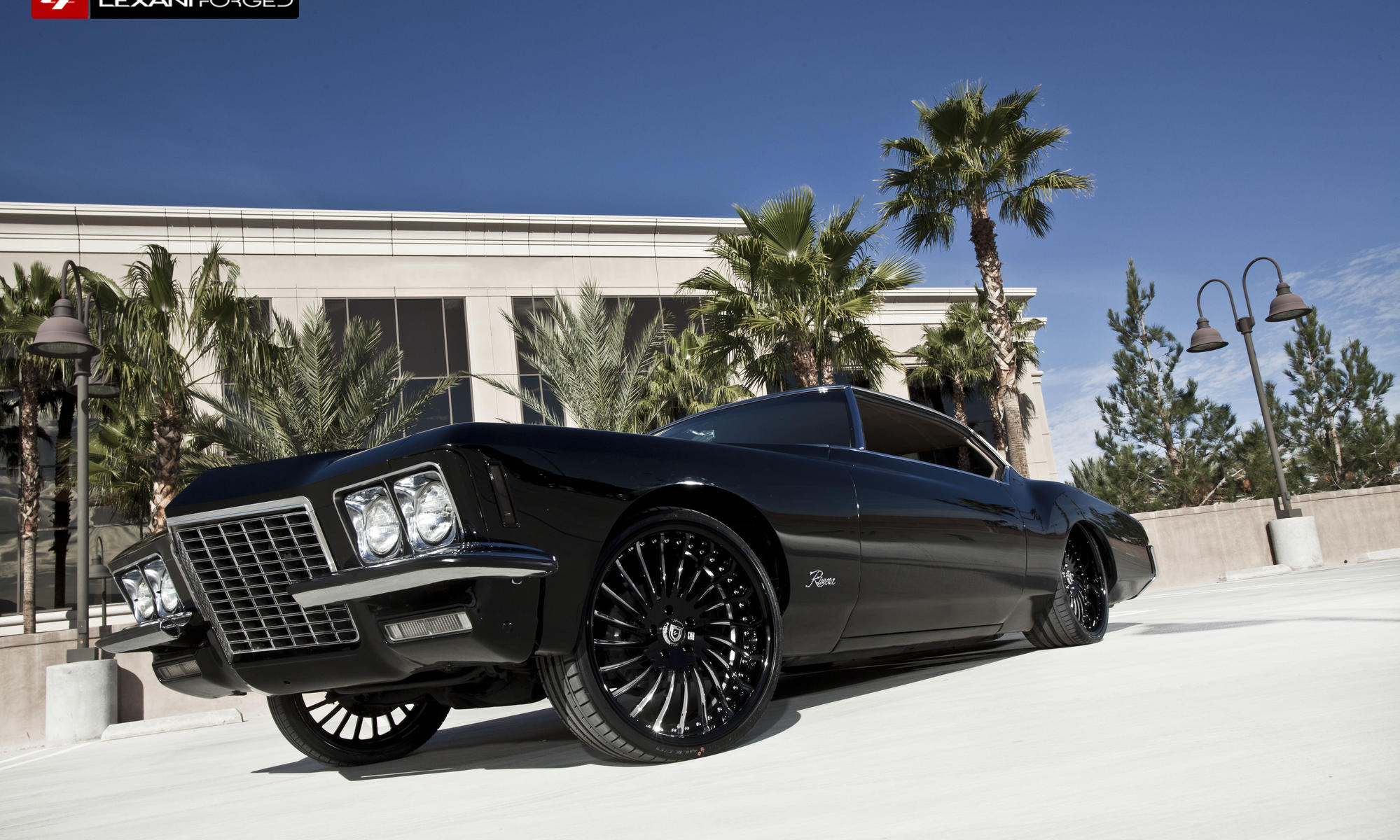 1972 Buick Riviera with black and chrome LF-712.
