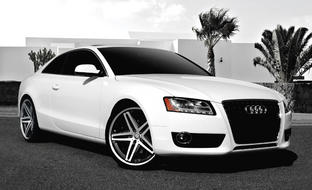 "2011 White Audi A5 with 20"" machine and black R-Five."