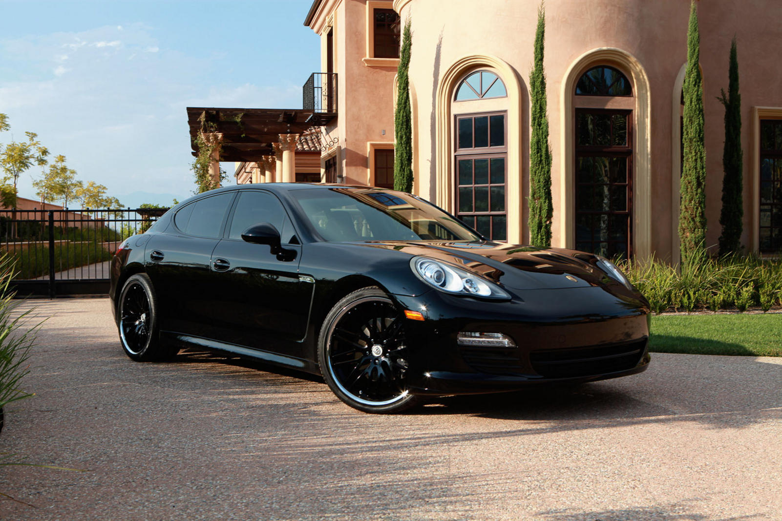 2011 black Porsche Panamera with 22 all black CVX-44.