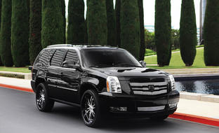 "Customized Cadillac Escalade with 26"" LF-710 two-tone wheels"