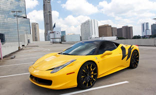 Custom LZ-101 on the 2013 Ferrari 458 Italia.