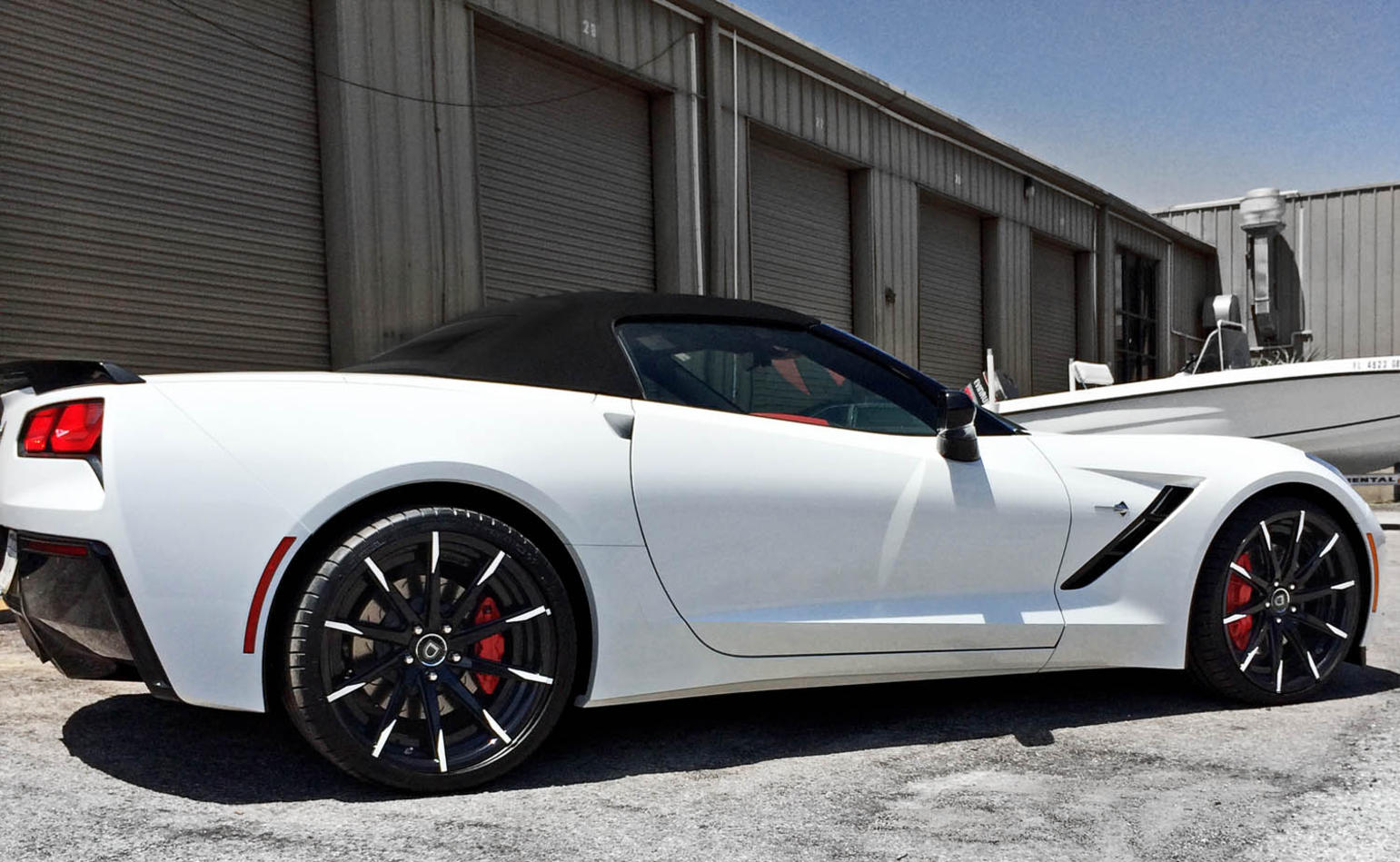 Custom LZ-101 on the 2014 Corvette Stingray.