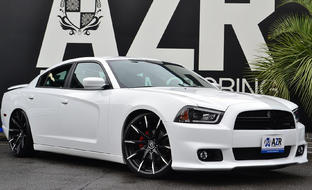 Custom CSS-15 on the 2014 Dodge Charger.