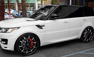 Custom LS-101 on the 2014 Range Rover.