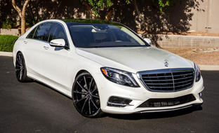 Custom CSS-10 on the 2014 Mercedes S550.