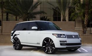 Custom LZ-109 on the 2014 Range Rover HSE.