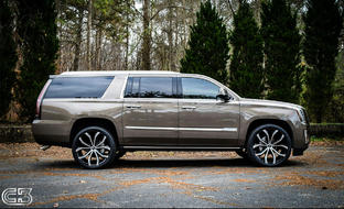"Cadillac Escalade on 24"" Lust"