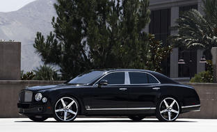 "Bentley Mulsanne on 24"" Invictus-Z"