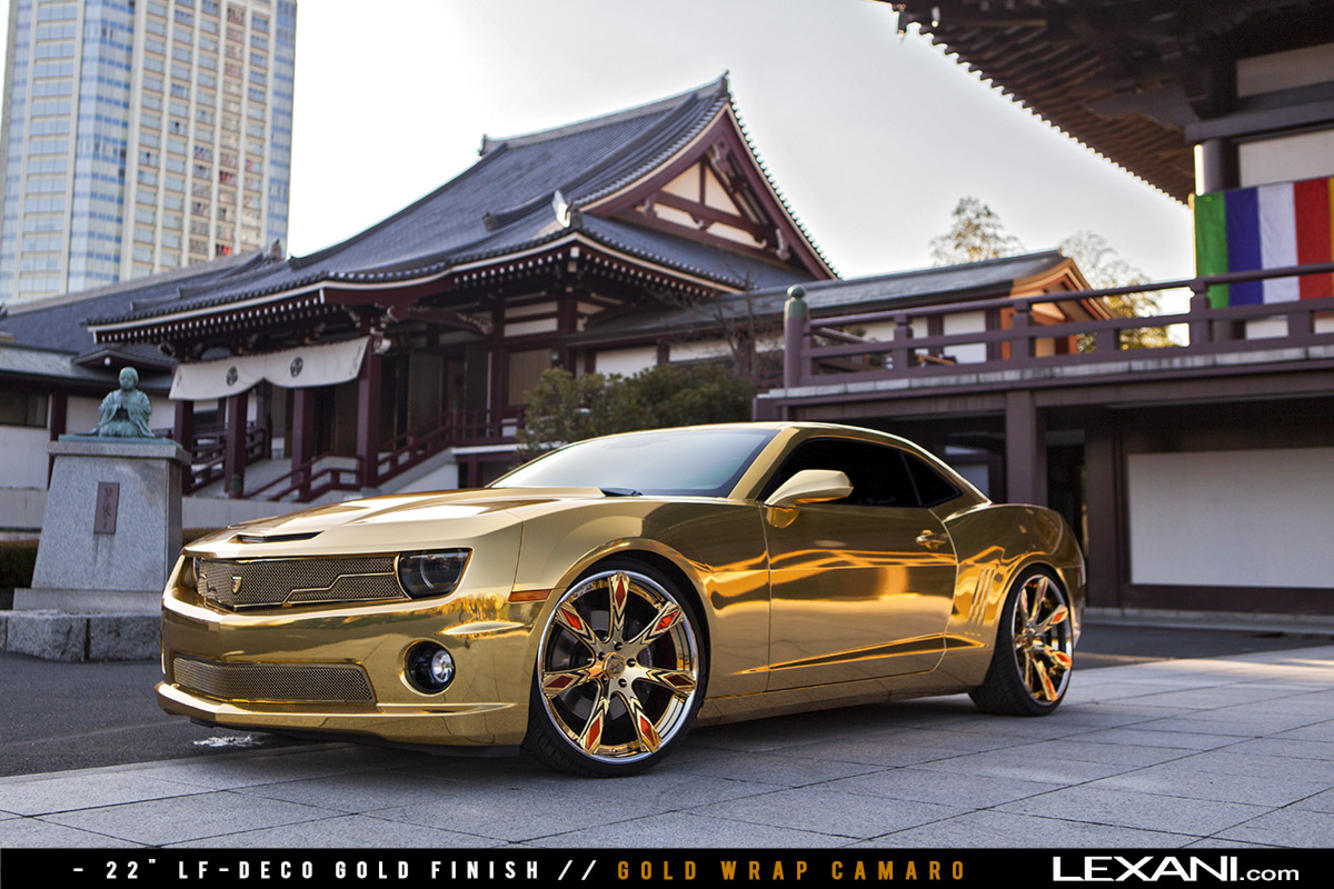 Gold Wrapped Camaro on LF-Deco