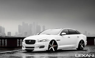 Jaguar XJ on Invictus-Z Machined and Black Finish