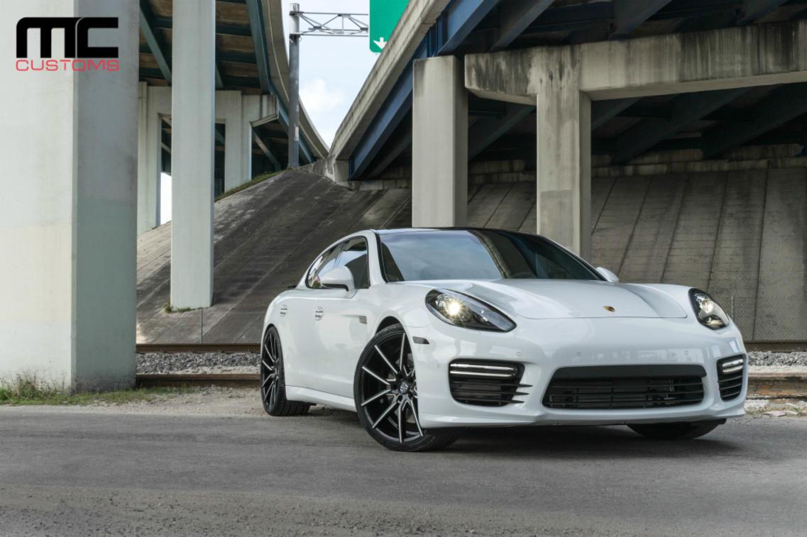 Porsche GTS on Gravity