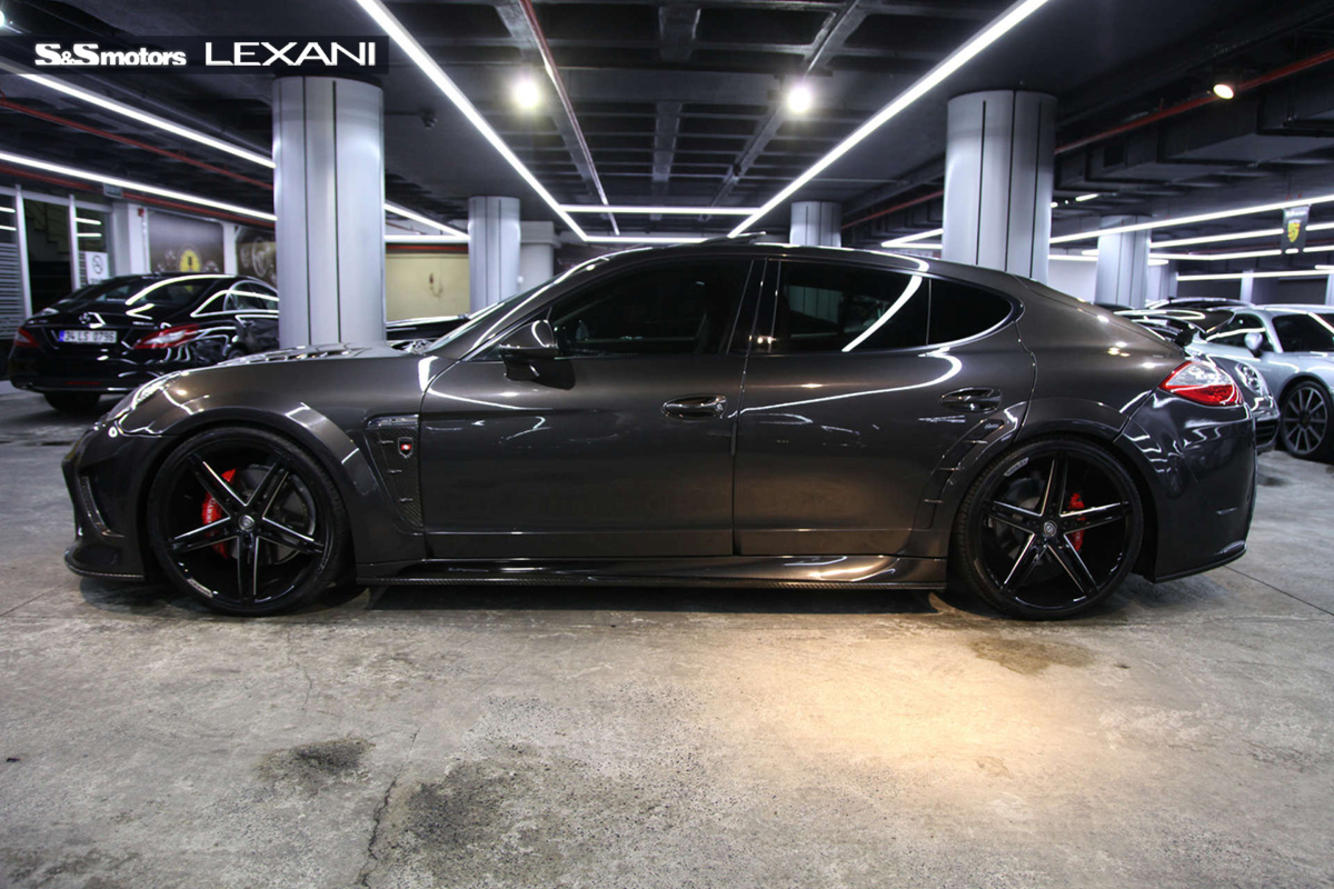 Porsche Panamera on R-Three